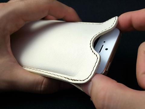 バズハウスデザイン ハンドメイドレザーケース for iPhone 5s