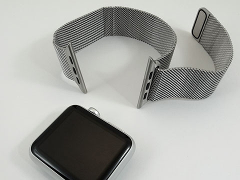 Apple Watch Sportとミラネーゼの写真