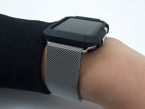 Spigen Apple Watch用ケース ラギッド・アーマー