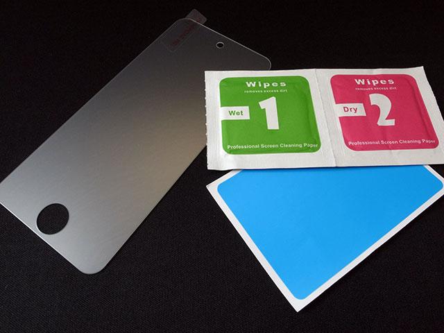 iPod touch用ガラスフィルム GLASS PRO+のセット内容