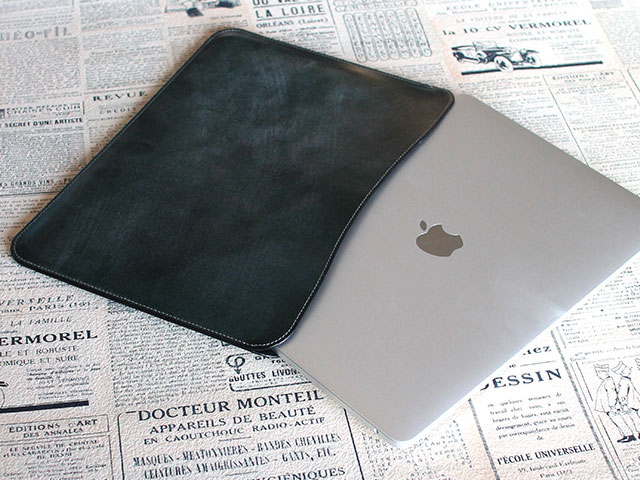 職人が作るレザースリーブ for 15インチMacBook Pro
