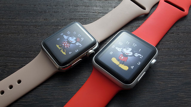 Apple Watch ミッキーマウス/ミニーマウス文字盤