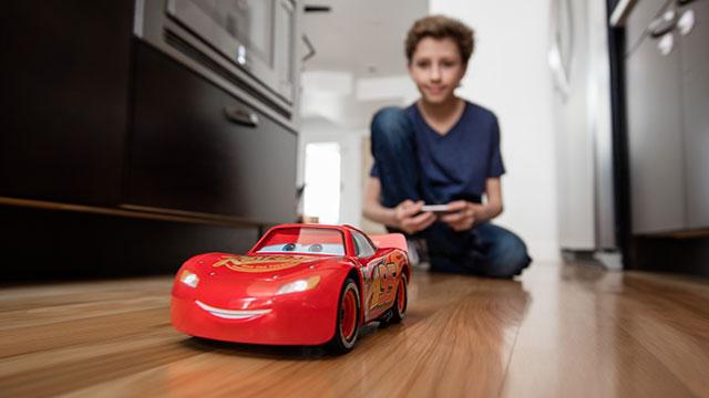 Ultimate Lightning McQueen Robot by Sphero