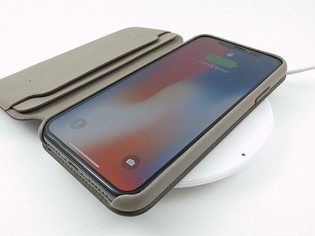 Apple純正 iPhone Xレザーフォリオケース