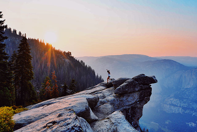 Apple Pay and Apple Watch help customers celebrate America's national parks - Apple