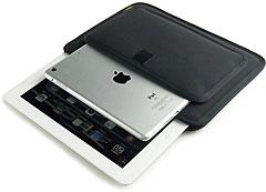 バンナイズ iPad miniが入るフロントポケット付き iPad用薄型キャリングケース