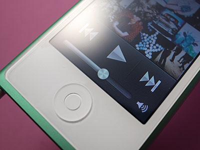 第7世代iPod nanoの音量スライダ