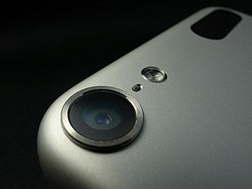 第5世代iPod touchのカメラレンズ