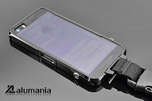 alumania EDGE LINE for iPhone 5s/5 ライトスモークパネル
