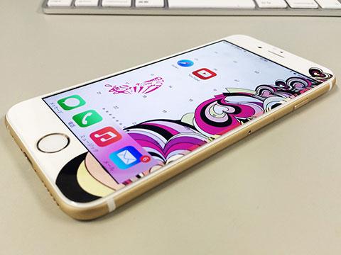 iPhone 6用シンクロスキン