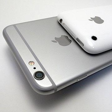 iPhone 3GとiPhone 6 Plus