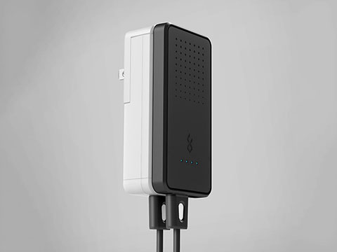 BlueFlame World Charger + Portable Battery