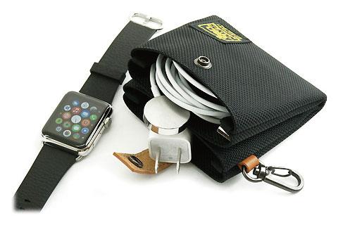 Apple Watch充電ケーブルとUSB電源アダプタ用ツインポケットケース