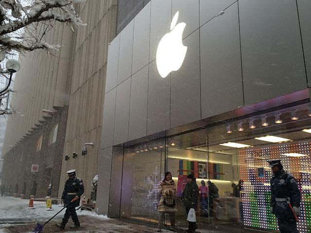 真冬のApple Store 札幌