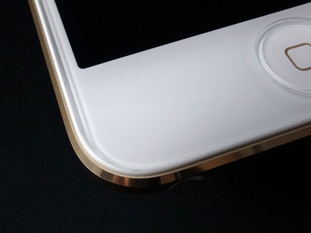 iPod touch用ガラスフィルム GLASS PRO+の角