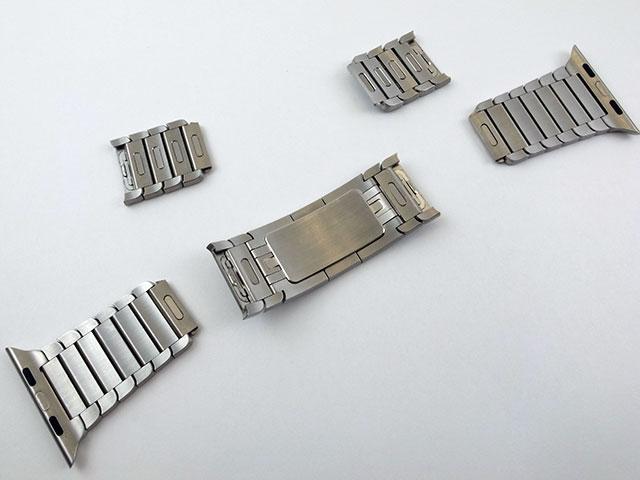 Apple Watch用リンクブレスレットの長さ調節