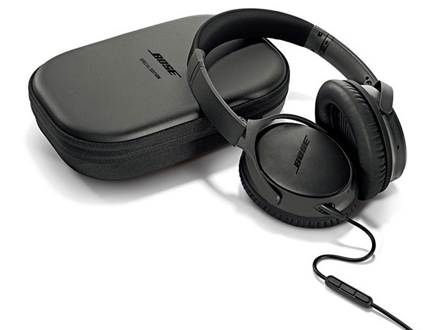 Bose® QuietComfort 25 Acoustic Noise Cancelling headphones – Special Edition Triple Black