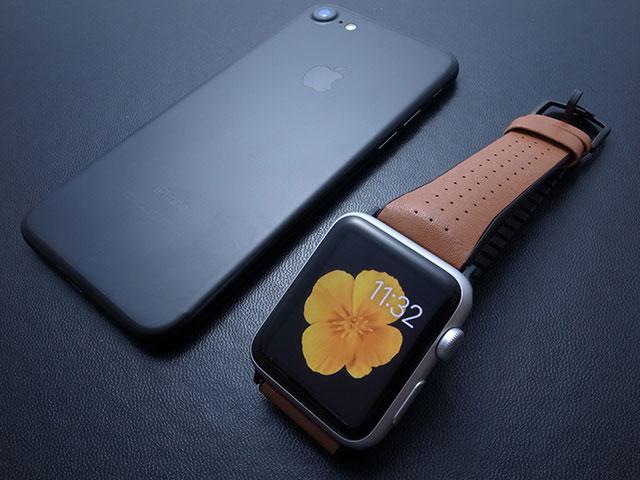 Apple Watch用バンド PATCHWORKS Air Strap