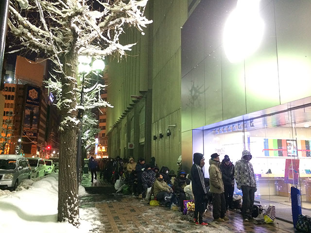 冬のApple Store札幌