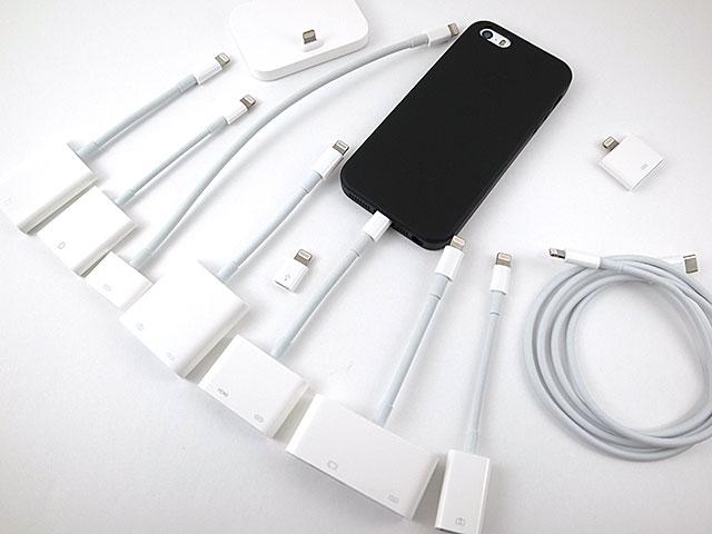 アップル純正iPhone SEレザーケース