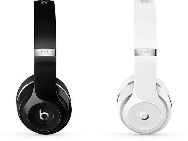 Beats Studio Wirelessオーバーイヤーヘッドフォン グロスブラック・グロスホワイト