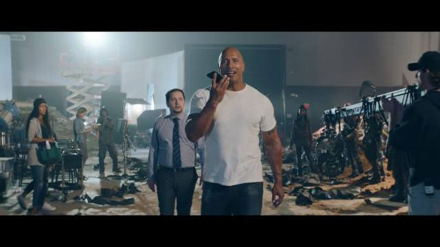 iPhone 7 — The Rock x Siri - Leg Day — Apple