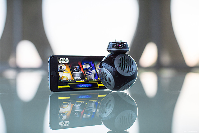 BB-9E App-Enabled Droid with Trainer