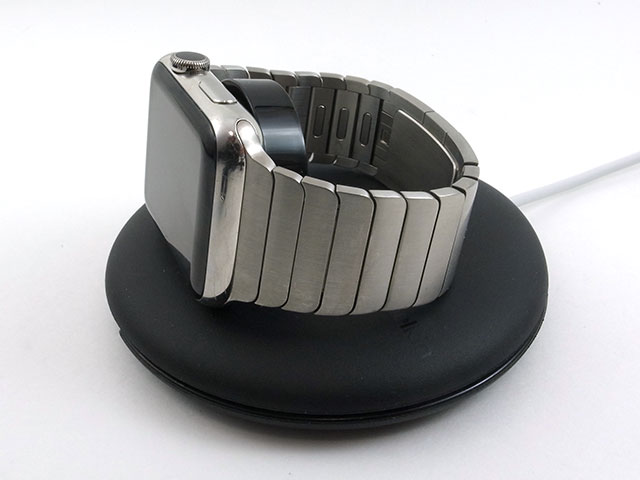 ベルキンApple Watch用トラベルスタンド