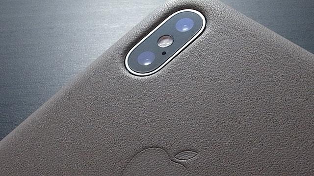 iPhone X/XSケースのレンズ部分