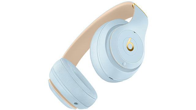 Beats Studio3 Wirelessオーバーイヤーヘッドフォン Skyline Collection