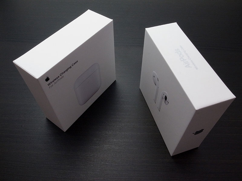 AirPods(第2世代)とWireless Charging Case for AirPods