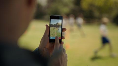 iPhone 5s - TV Ad - Strength