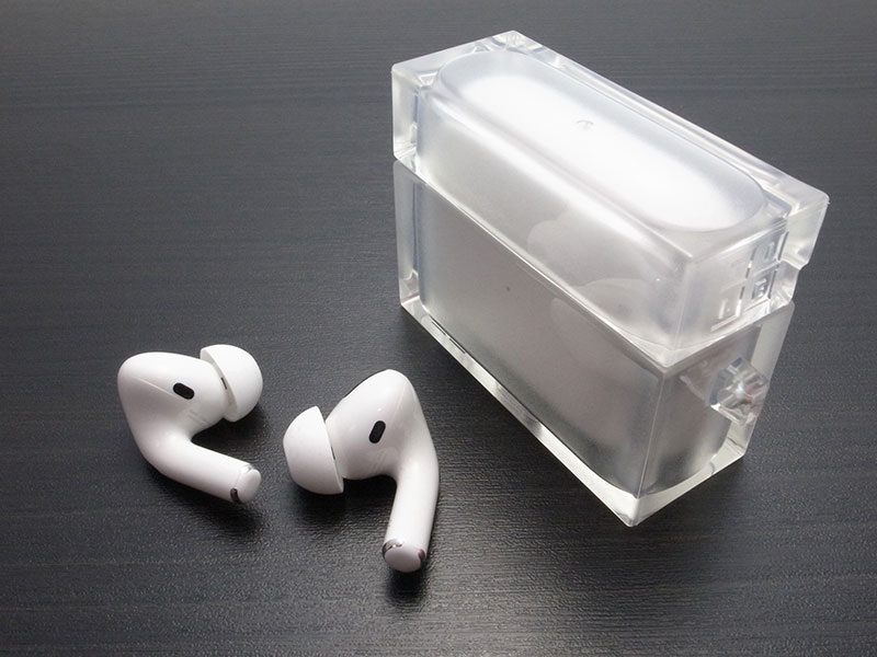 AirPods Pro用ケース TILE