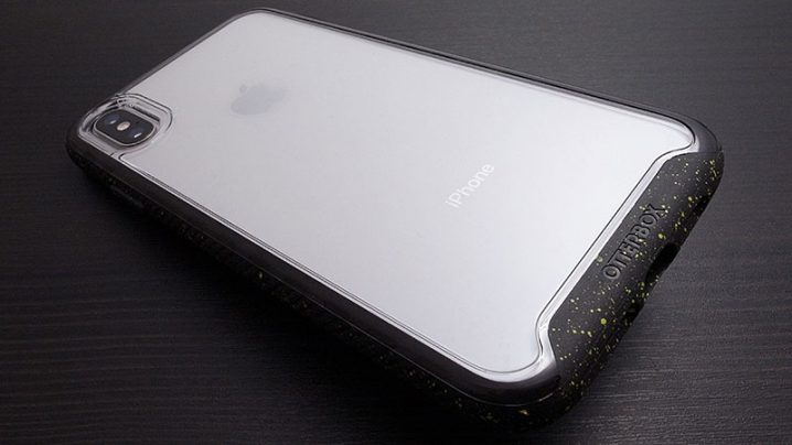 OtterBox Traction Seriesケース(iPhone XS Max)