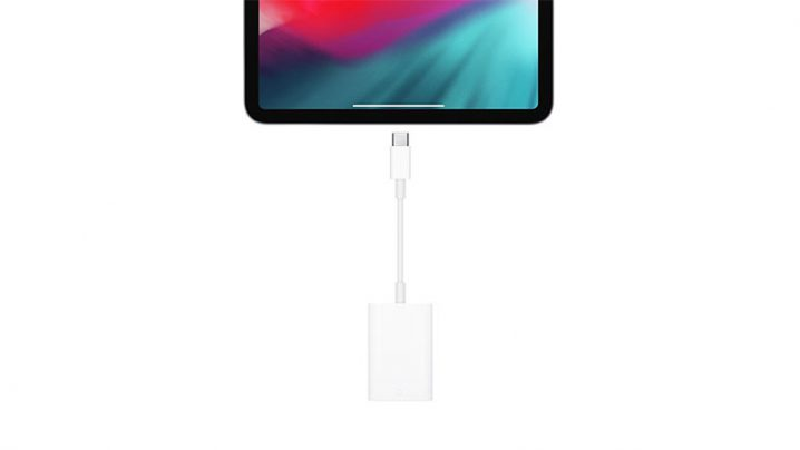 Apple USB-C - SDカードリーダー