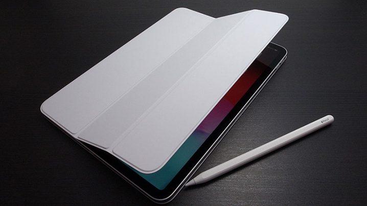 11インチiPad Pro用Smart Folio