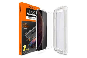 Spigen Glas.tR EZ Fit for iPhone