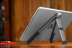 Twelve South Compass Pro for iPad