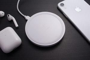 Belkin BOOST↑UP ワイヤレス充電パッド(10W、micro-USBケーブル&ACアダプター付き)