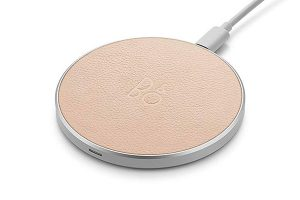 BANG & OLFUSEN Beoplay Charging Pad