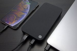 Belkin BOOST↑CHARGE 20100mAh モバイルバッテリー(30W USB-C パワーデリバリー、USB-C to C ケーブル付き)