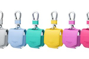 """GRAMAS COLORS """"EURO Passione"""" PU Leather Case for AirPods"""