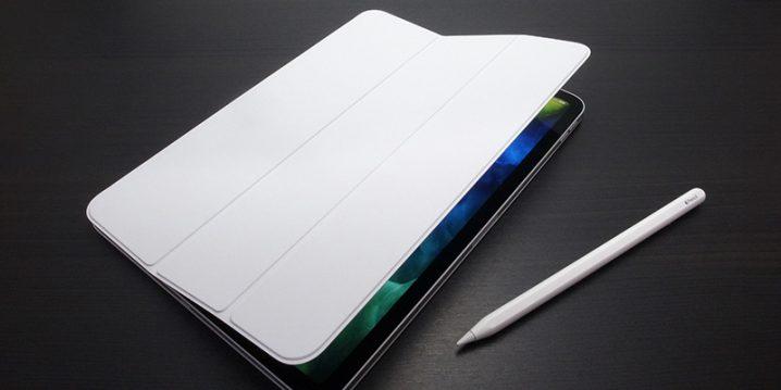 11インチiPad Pro(第2世代)用Smart Folio