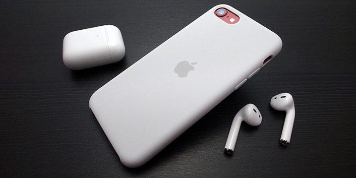 iPhone SEシリコーンケース