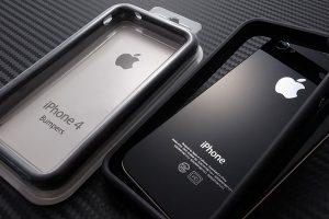 iPhone 4とバンパー