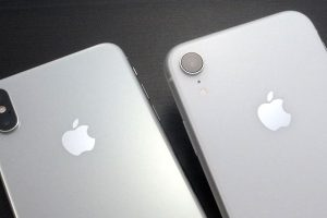 iPhone XSとiPhone XRのカメラレンズ