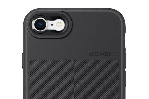 Moment Photo Case in Black Canvas for iPhone SE