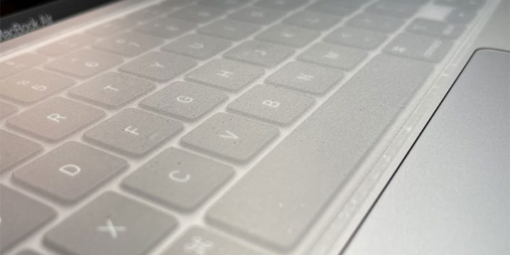 MacBook Air用 Flat Surface Thin Skin Keyboard Protector