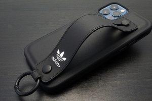 アディダスオリジナルス iPhone 12/12 Pro用ハンドストラップケース