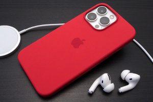 Apple純正 MagSafe対応iPhone 13 Proシリコーンケース